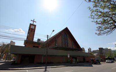 Paróquia Nossa Senhora das Dores (Igreja dos Passarinhos)