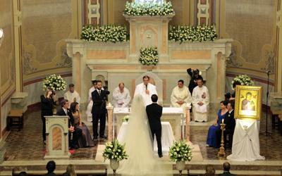 Larissa e Diogo- Igreja Santa Teresinha e Clube Curitibano